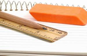 Quaderno e matita